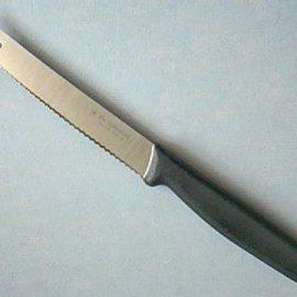 """Victorinox Forschner 40506 Tomato Knife 4"""" Wavy Edge Black"""