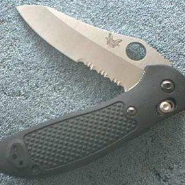 Benchmade 550SHG Griptilian Part Serrated